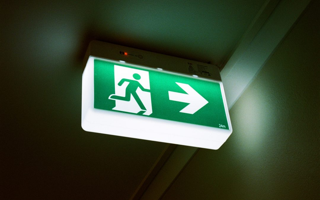 Making Your Own Wayfinding Signs? Here are 5 Things You Should Keep in Mind
